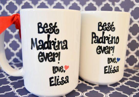 Estos son el perfecto regalos de padrinos Madrinas y Padrinos modificado para requisitos particulares! Estas tazas amplias hablan por sí mismos. Si tienen, o han nombrado, los mejores padrinos nunca y sabe como Madrina o Padrino, tratarlos a estos regalos! Cada taza es un generoso 15