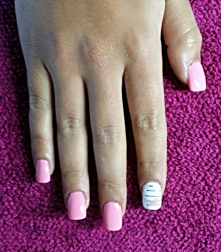 Silver, pink and white nails with heart