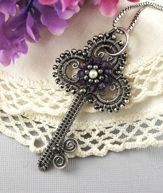 Jewelry Tutorial-Victorian Key Pendant Wire wrapped