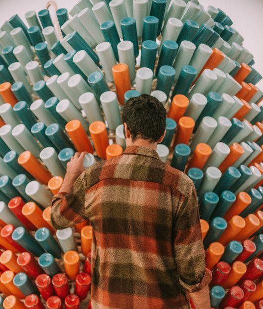 Eco Hoguera una obra que crea conciencia sobre nuestros residuos plásticos