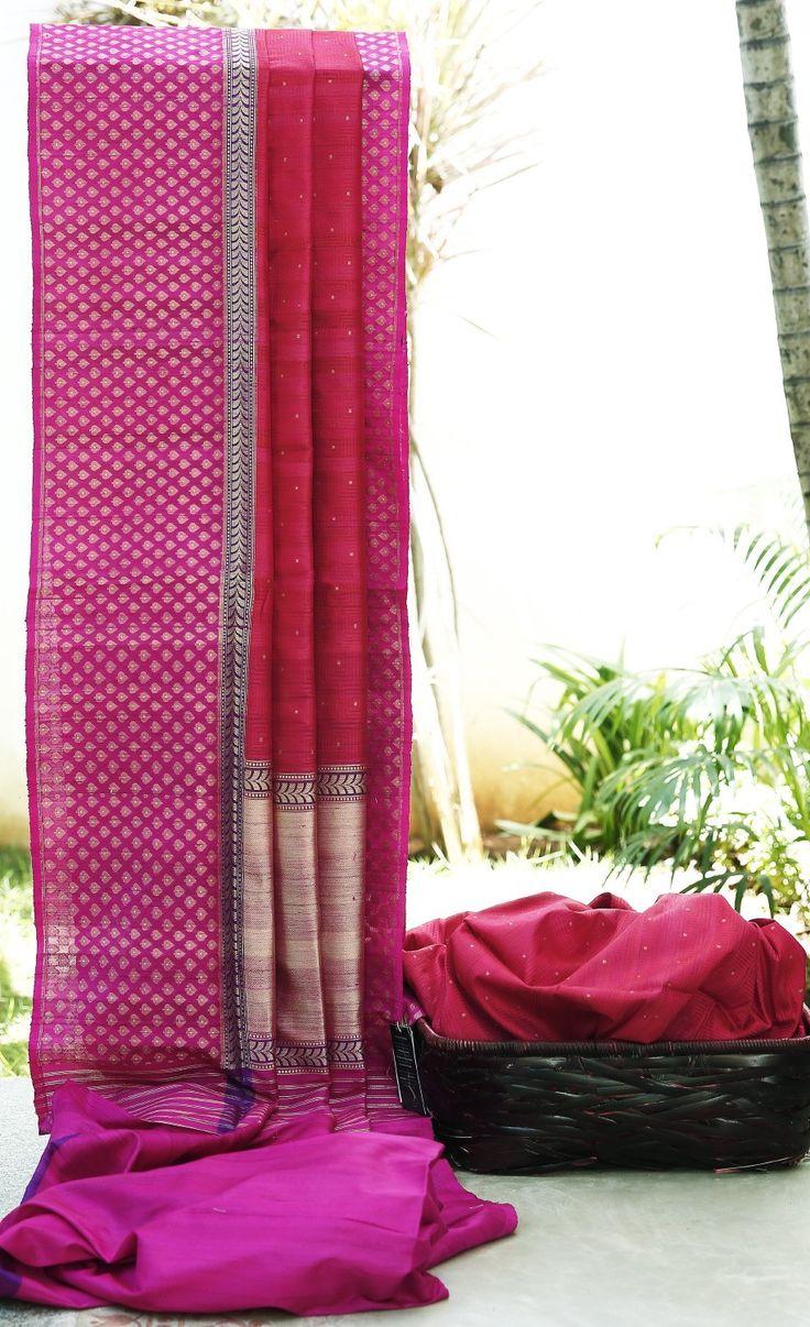 Lakshmi Handwoven Banarasi Tussar Silk Sari 000485 - Saris / Banarasi - Parisera