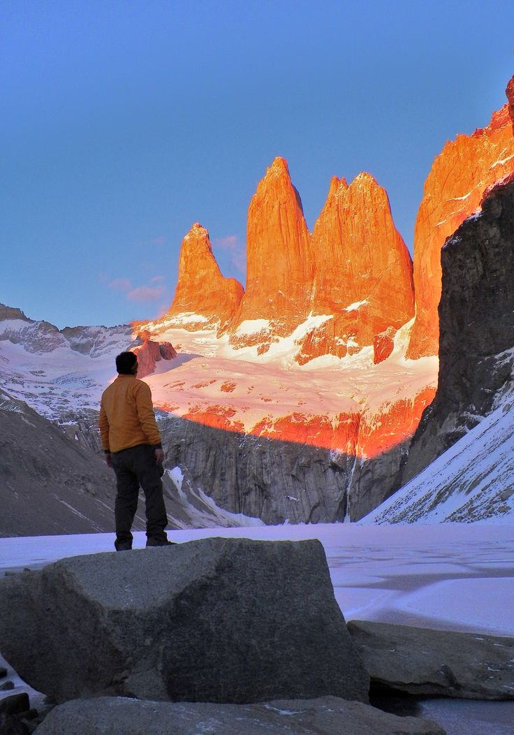 Día - 7 - amanecer base torres del paine , patagonia