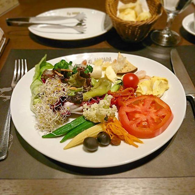 #夜ごはん#外食#お昼ごはん#昼食#ランチ#サラダ#肉#焼肉#レストラン#ワンプレート#ブラジル#シュラスコ#dinner#lunch#lunchtime#salad#vegetables#beef#restaurant#Brazil#Braziliancuisine#Instafood#tokyo#japan#表参道#青山#東京#バルバッコア