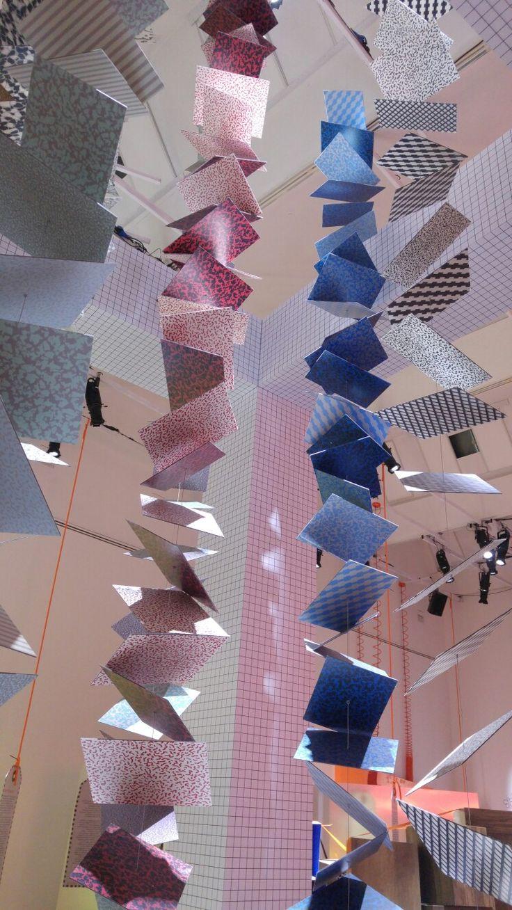 Le mille facce dei materiali Abet Laminati celebrati da Paola Navone per i 60 anni dell'azienda.  #MCaroundSaloni #iSaloni #milanoDesignWeek #mdw #laTriennale