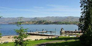 Watsons Harverene Resort Lake Chelan Washington - Lake Front Lodge 4
