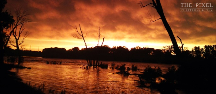 The-Pixel | Eastern Iowa Stormy Fire Sky