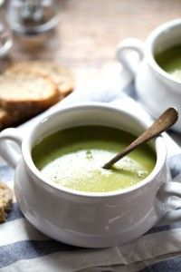 Creamy potato kale soup - SO velvety and perfect for grilled cheese dunking! 220 calories. | pinchofyum.com