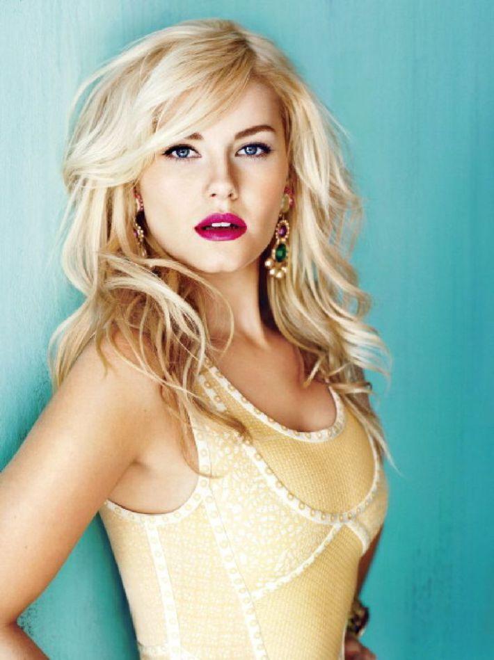 Nuances de blond : Elisha Cuthbert