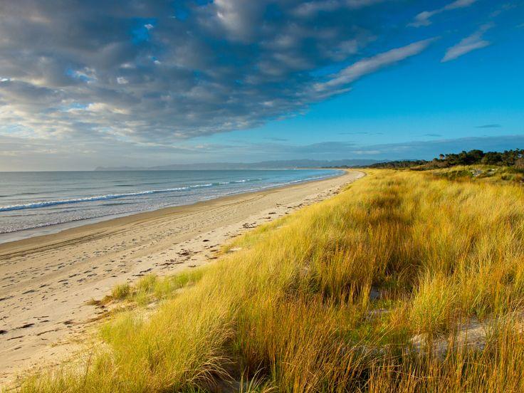 As praias de nudismo mais populares do mundo. Uretiti Beach, Nova Zelândia