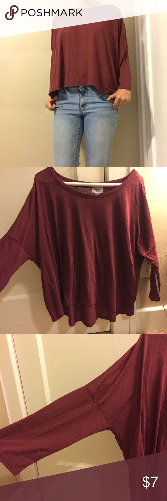 OLD NAVY slouchy long sleeve top Maroon long sleeved top from old navy. It is slightly slouchy in the arms, perfect for fall 💕 Old Navy Tops Tees - Long Sleeve
