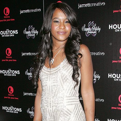 Bobbi Kristina Brown Dead at Age 22 After Months of Treatment - Us Weekly