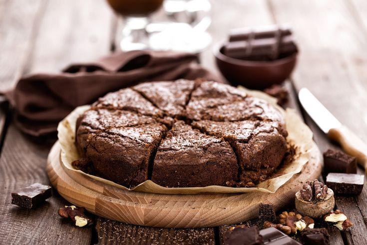 Szuperkönnyű, kakaós-diós süti, ami csuda magasra feljön: 30 perc, és kész