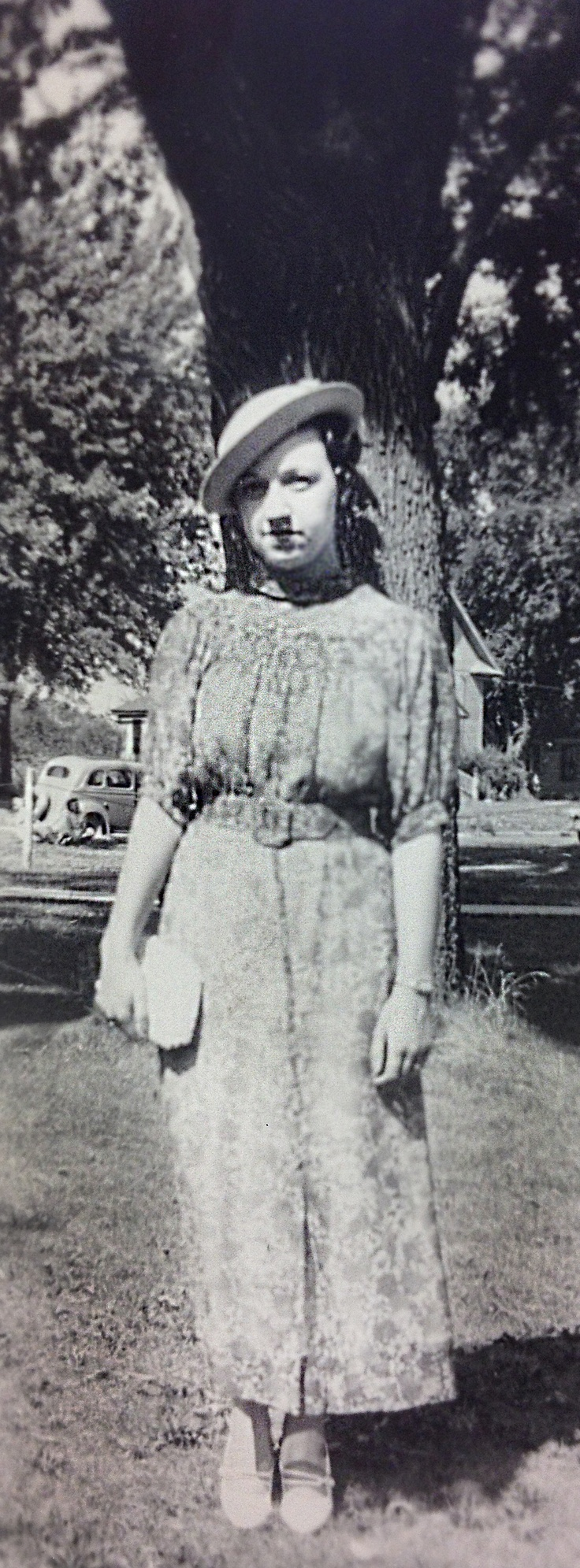 Kathryn Parrish, complete outfit winner at County Contest Day (1936, Stark County, IL)