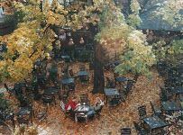 Re Cracow Magic Pub