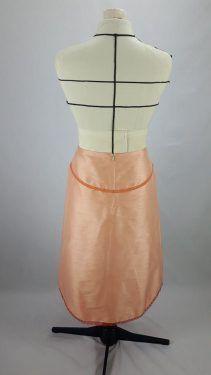 Jupe en soie sauvage bordée de dentelle :  vue dos