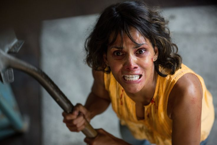 #HalleBerry 's low budget #thriller #Kidnap landed in the middle of the top ten with $10 million.- ハル・ベリーの戦うママが誘拐犯を追いつめるアクション・スリラーのオクラ入り映画「キッドナップ」が、期待値を超えた好成績の思いがけないヒットになったラッキーなデビューの初登場第5位 - #映画 #エンタメ #セレブ & #テレビ の 情報 ニュース from #CIAMovieNews / CIA こちら映画中央情報局です