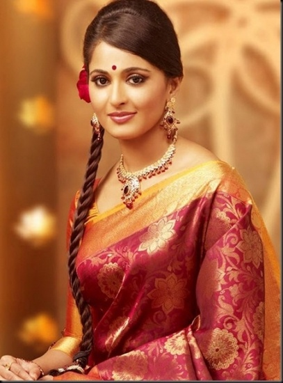 A beautiful south Indian bride. Love her demure smile, the soft silk saree, and her side braid. <3