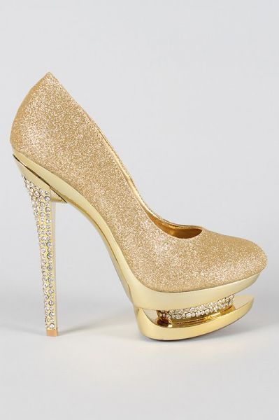 Sapato Importado Dourado Strass