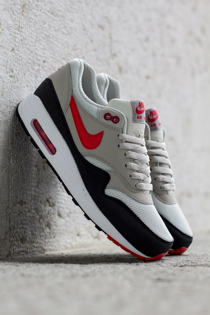 "Nike Air Max 1 Essential ""Chilling Red"""