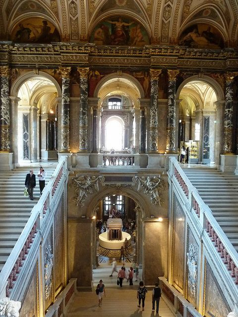 Staircase at the Kunsthistorisches Museum, Vienna, Austria ---- http://de.wikipedia.org/wiki/Kunsthistorisches_Museum