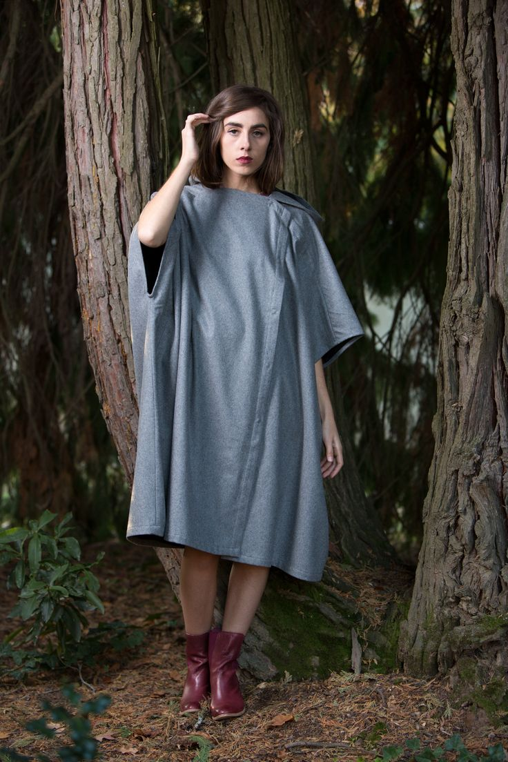 WOODSMAN CAPE | Dove Grey
