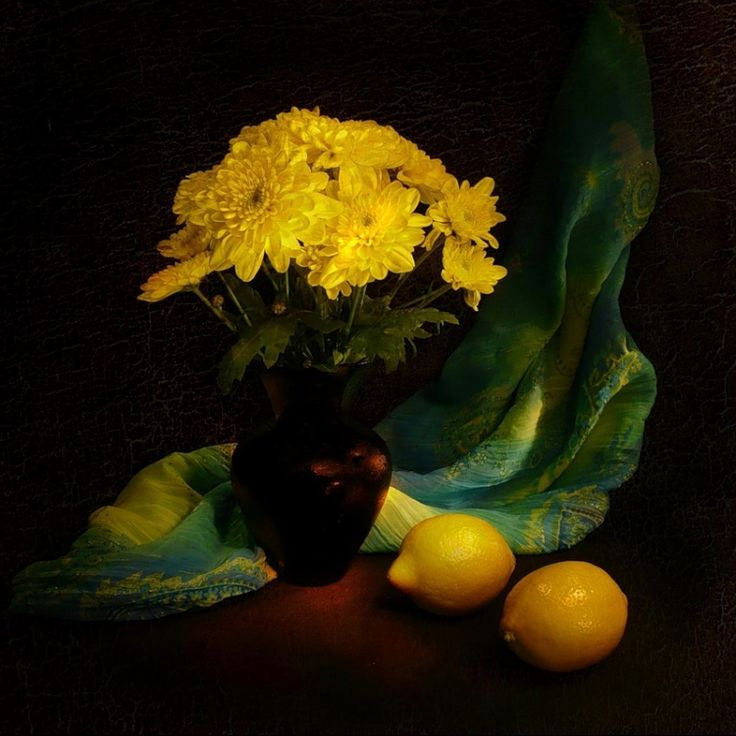 хризантемы... последние осенние цветы и любимые цветы моей мамы! правда, красивый букет?!/... last autumn chrysanthemum flowers, favorite flowers of my mother ! true, beautiful bouquet ?!