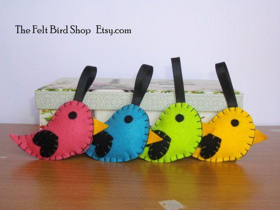 Uccellini di feltro. Uccellini di feltro di TheFeltBirdShop