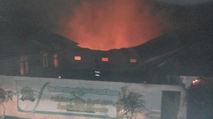 Hati-hati saat menggunakan kompor, jangan sampai #kebakaran di Jambi ini terulang lagi