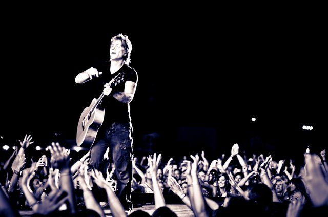 The Goo Goo Dolls announces summer 2016 tour dates with collective soul & tribe society. Find dates and venues for The Goo Goo Dolls concert - tickets at TicketHub