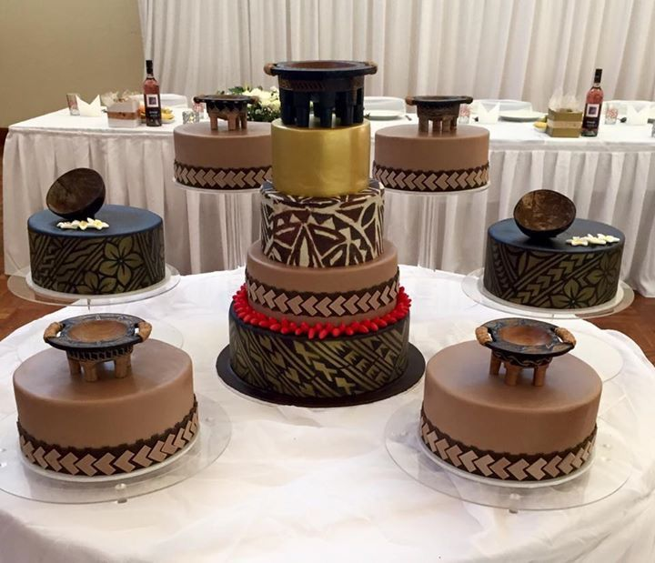 Wedding Cakes Inspired By China Patterns: Pin By Kiana Kingsley On Weddin
