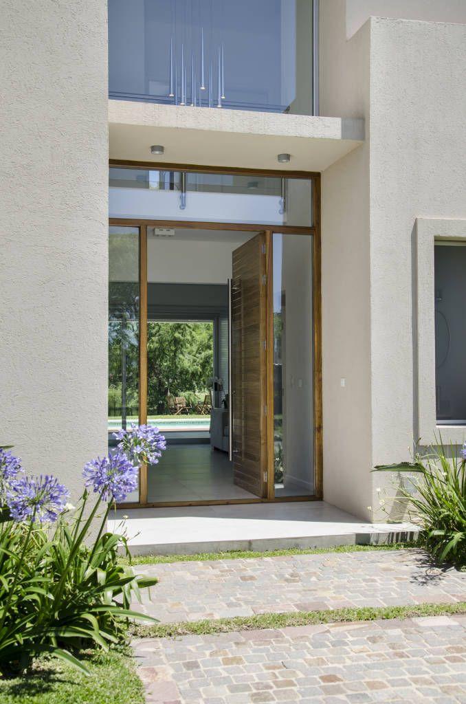 M s de 25 ideas incre bles sobre puertas de entrada en for Diseno puerta principal