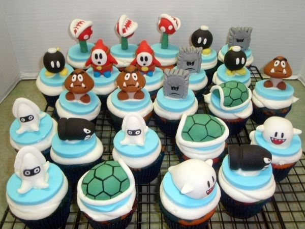 cupcakes vs wedding cake 1000 images about gamer cake ideas on plants 13147