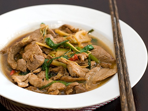 Stir fried Pork with Ginger and Scallion | Thai & Asian savory recipe ...