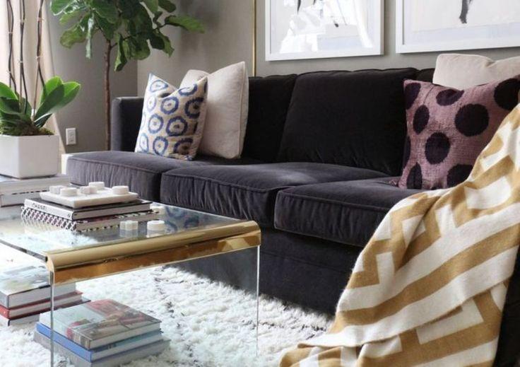 Xαλιά και μοκέτες «ντύνουν» το καθιστικό Ιδέες για ζεστούς και cozy χώρους.