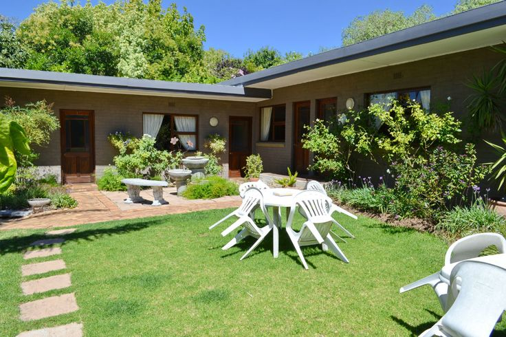 Durbanville Guest House, B & B and Self Catering Accommodation