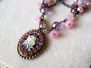 Magic Gypsy: pink & black