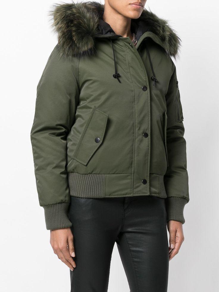 #kenzo #bomber #jacket #fur #trim #sporty #chic #winter #style #fashion     www.jofre.eu