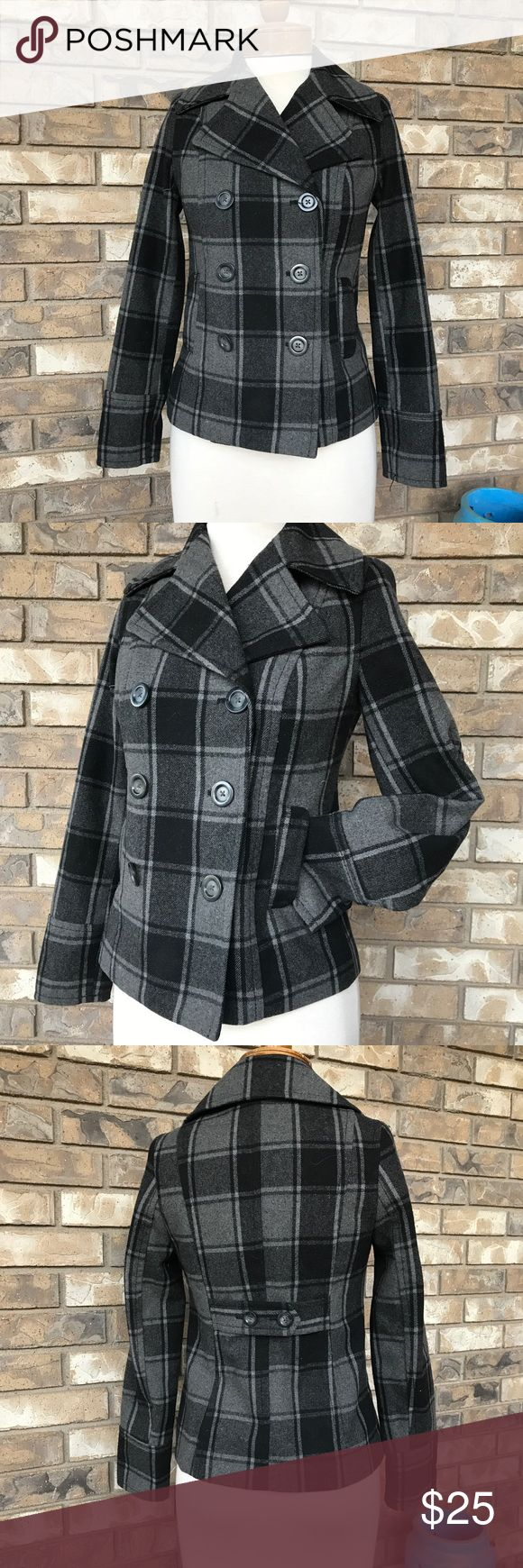 Old Navy Wool Pea Coat XS Old Navy Pea Coat with wool content.  Super warm.  Completely lined.  Grey and black plaid.  Pockets.  Tailored back.  Fits 0-5 dress size.  Excellent condition Old Navy Jackets & Coats Pea Coats