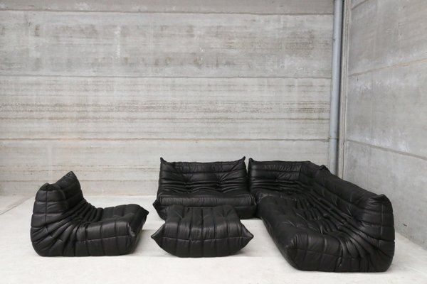 Vintage Black Leather Togo Lounge Set By Michel Ducaroy For Ligne Roset For Sale At Pamono Minimalist Furniture Design Best Leather Sofa Minimalist Furniture