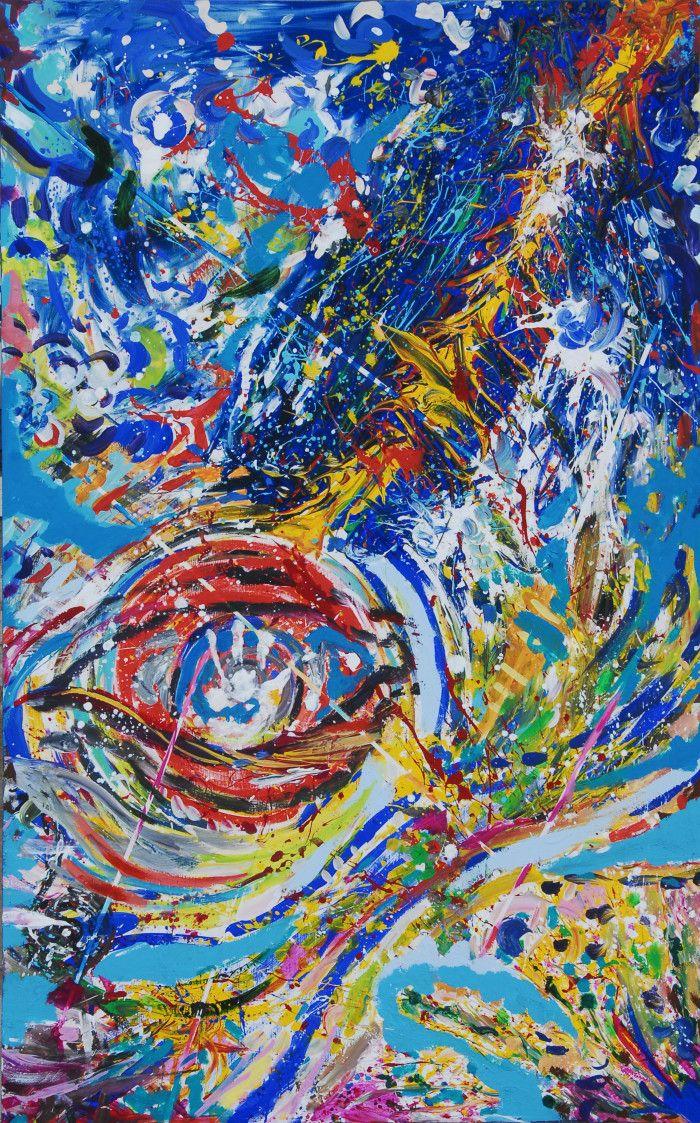 Nella monumentale sala del prestigioso palazzo lagunare, dove visse Casanova, e dove più tardi abitò anche Friedrich Nietzsche, il pubblico si è trasformato da spettatore ad oggetto di azione e l'artista, come uno sciamano, attraverso un percorso immaginifico, lo ha condotto alla danza pittorica del ritmo musicale delle Opere, appositamente composte per l'occasione dal Maestro Antonio Cericola, introdotte dalla violoncellista Elena Krasantovich.