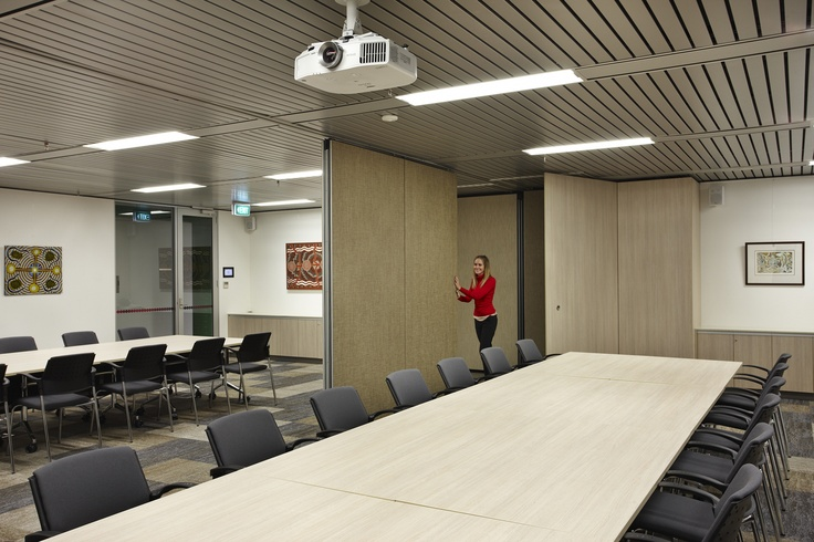 MKDC | Department of Indigenous Affairs Office | Operable Wall