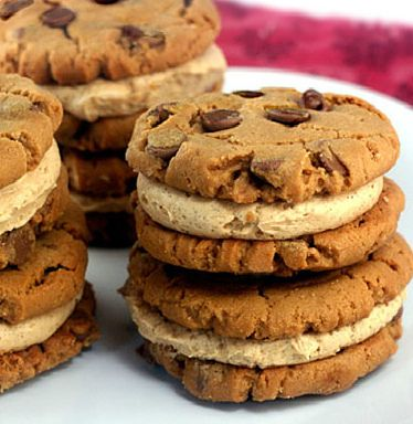 Flourless (Gluten Free) Peanut Butter Chocolate Chip Cookie Sandwiches with Cinnamon Peanut Butter Cream Filling