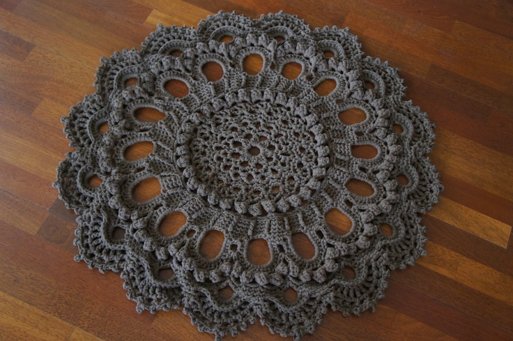 I finished this great crochet doily floor rug recently. I made it with a free pattern by Patricia Kristoffersen. The link for the pattern:  http://www.pkcrochet.com/pkcrochet-download.html