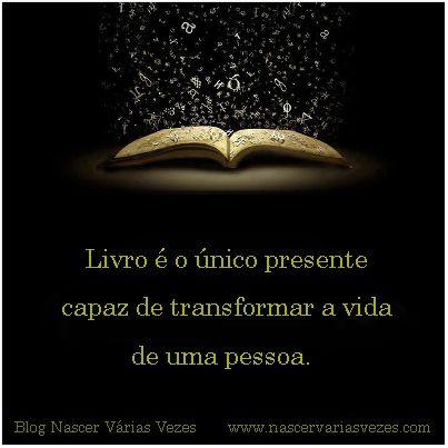 Livro é o único presente capaz de transformar a vida de uma pessoa.  Livro que explica a reencarnação. Livro Espírita. http://www.nascervariasvezes.com/  #livro #livroespirita #vidaspassadas vidas passadas
