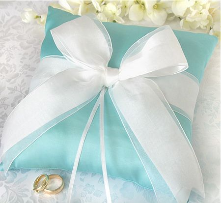 Tiffany blue embellished ring bearer pillow  enjoyweddingnow.com #timelesstreasure