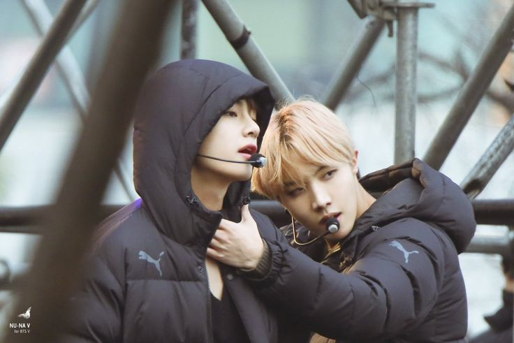 They can use this as a Puma ad like srsly #Vhope #BTS