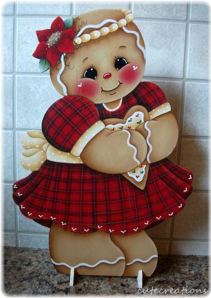 HP GINGERBREAD Girl with Heart Cookie SHELF SITTER