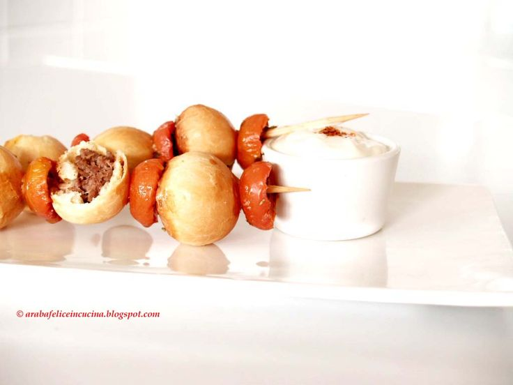 Arabafelice in cucina!: Polpettine svedesi in crosta con pomodorini confit