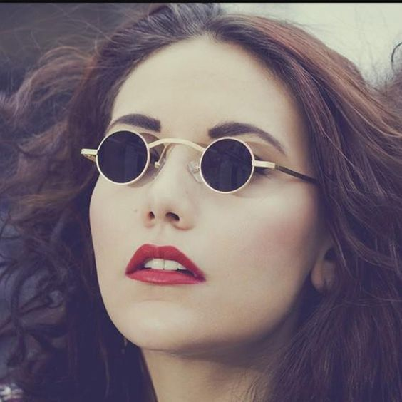 Tiny sunglasses are the way to go for 2018. Óculos Steampunk, Steampunk  Clothing, 9d0eafbeac