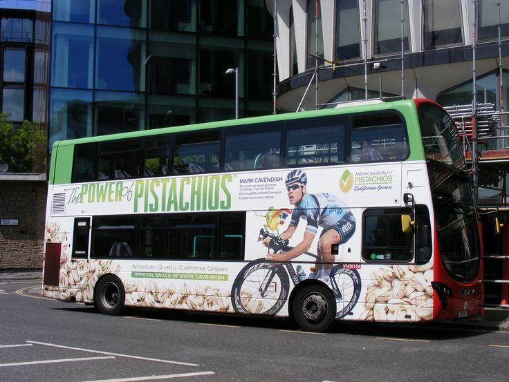 Alle Größen | Mark Cavendish bus The power of pistachios, Tower Transit, Route 25 | Flickr - Fotosharing!